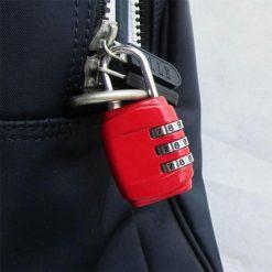 cadenas pour bagages à 3 chiffres porté